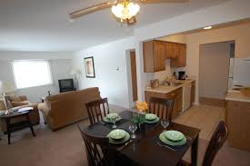 dining area west gardens apartments