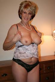 Nude Mature Granny Naked Xxgasm