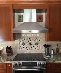 Kitchen Backsplash Idea With 3 Pineapple Tiles