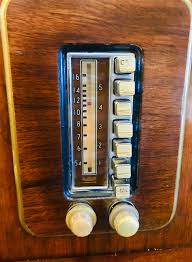 Light Up Radio The Push Button Controls On My New Old Radio Cabinet The