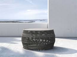 round patio coffee tables in diffe
