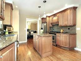 brown kitchen walls what colors go with light brown kitchen cabinets paint color best ideas about