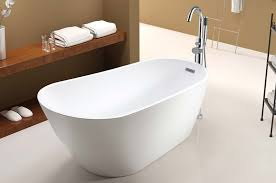 rectangle freestanding tub with curving sides and center drain