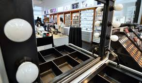 the interior of the l makeup insute is shown during a grand opening at 5525 s