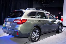 2018 subaru outback review. delighful 2018 with 2018 subaru outback review carscom