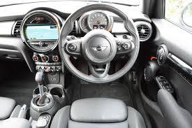 MINI Cooper SD 5-door Hatch 2.0 Review - GreenCarGuide.co.uk