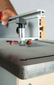 bench dog router table. cast iron tabletop on bench dog router table