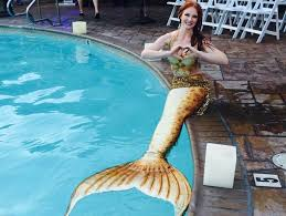 I met a mermaid! I showed up to cheer on friend and runway model, Alissa  Morton, at the Jennifer Shultz Style fashion… | Greets, Inspirational  images, Runway models