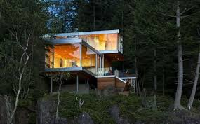 Small Picture 12 Spectacular Eco Friendly Modern House Designs on Lakes