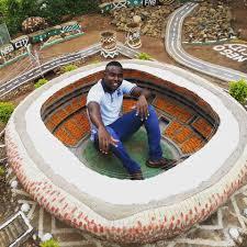 Este detallista diseñador logra recrear crea una miniréplica de  Johannesburgo en su patio a partir de materiales reciclados » Intriper.