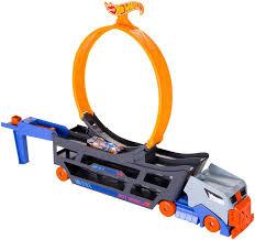 Игровой набор <b>HOT WHEELS</b> Трюковой тягач, гоночная <b>машина</b>