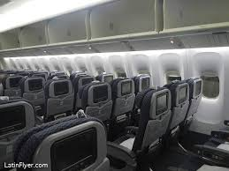 united airlines boeing 777 200 economy