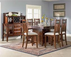 Broyhill Furniture Vantana Collection Brown Wood Dining Table Set