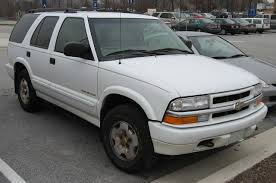 File:99-02 Chevrolet Blazer TrailBlazer.jpg - Wikimedia Commons