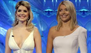 Holly willoughby is joining declan donnelly as a presenter on i'm a celebrity…get me out of here 2018 but what age is holly willoughby? Holly Willoughby Is Aging Backwards After Sharing Decade Old Snap