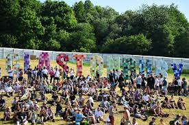 Glastonbury 2020 Tickets Sell Out in 34 ...