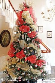 Decorate your Christmas tree with mesh ribbons.