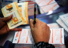 Want To Win The Mega Millions Lottery Heres How To Play