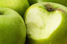 apples conn no fat sodium or cholesterol and are a good source of fiber