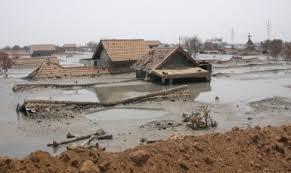 Сели и оползни Спастись и выжить  В Алма Ате бывшей столице Казахстана в урочище Медео направленными взрывами в 1966 году была создана защитная плотина из камня и земли объёмом более 2 5