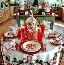 90 round tablecloths holiday table setting for the little round tablecloth my favorite site vintage