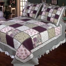 Features: -Sugar Plum collection. -Material: Cotton fabrics ... & Elegant Décor 118 by Sugarplum Cotton Quilt, Super King Adamdwight.com