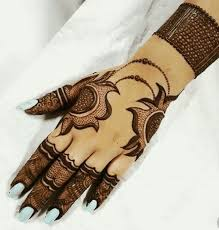Mehndi designs are elegant patterns of henna that women create on girls hands and feet in. 100 New Mehndi Designs Collection Simple Mehndi Designs 2021