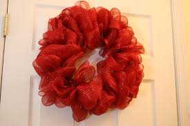 How to Make Mesh Ribbon Wreath