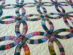 Amish Handmade and Patchwork Quilts for Sale | Amish Spirit & Amish Handmade Quilt Double Wedding Ring Pattern Multi Adamdwight.com