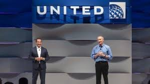 United Airlines CEO Oscar Munoz stepping down, president moves up