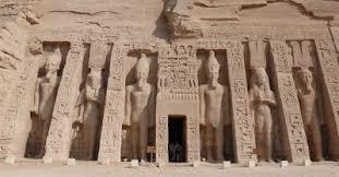 tumba de la bella y eterna Nefertari