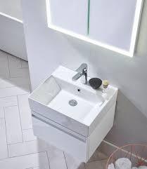 forum 700mm wall mounted unit gloss white
