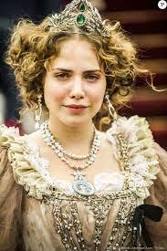Na novela 'Novo Mundo', Leopoldina (Letícia Colin) não terá um final  trágico como conta a história original. A última cena da personagem, com  previsão para ir a - Purepeople