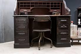 Office desk vintage Wooden Amazing Vintage Office Desk Alluring Interior Decorating Ideas Nina May Designs Amazing Vintage Office Desk Alluring Interior Decorating Ideas