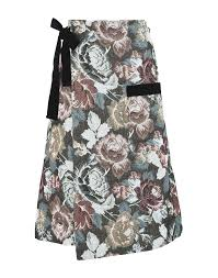 George J. Love Women Spring-Summer and Fall-Winter Collections ...