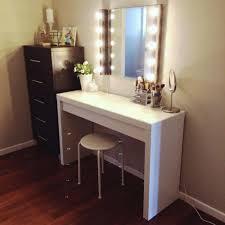 Three Way Vanity Mirror Diy Lighted Makeup Vanity Building Your Own Vanity From