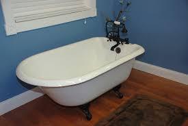 cambridge plumbing 60 5 x 23 25 rolled rim soaking claw foot bathtub