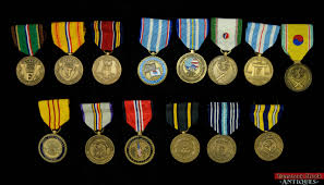 photos of us military medals