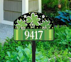 Yard Design Address Signs St Patricks Day Address Sign Adds Eye Catching Color To