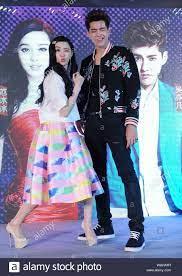 Chinese actress Fan Bingbing, left ...