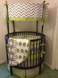 Blankets & Swaddlings : Round Cribs For Babies Also Round Baby Cribs For  Sale Plus Quinny Strollers As Well As Round Cribs For Sale In Conjunction  With ...