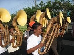 Musik bambu adalah alat musik tiup tradisional yang terbuat dari bambu. Sejarah Musik Bambu Di Minahasa Acsujabodetabek