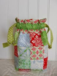 106 best Bags images on Pinterest | Sewing projects, Sewing ideas ... & A Quilting Life - a quilt blog. Small Quilt ProjectsQuilting ... Adamdwight.com