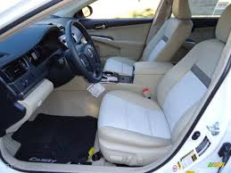 Light Gray Interior 2012 Toyota Camry Hybrid XLE Photo #67824618 ...