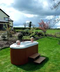hot one person tub3