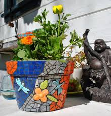 cool ideas to create small garden decoration with mosaic plant pot aweome custommade dragonfly and