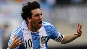 كم عدد أهداف ليونيل ميسي مع الأرجنتين ضد البرازيل؟