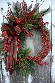 99 Simple but Beautiful Front Door Christmas Decoration IdeasHomeDecorish
