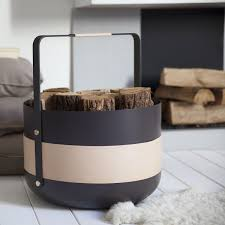 wood basket of eldvarm by emma olbers