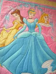 My Quilts: Disney Princess Quilt & On the second quilt I used hand drawn hearts that match the pattern in the  border print that I used. On the first quilt I did a diamond pattern that  was a ... Adamdwight.com